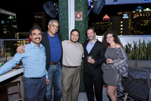 corporate-pictures-photography-rooftop-fort_lauderdale076B95DA749-1BAB-0223-BCED-D34BE80C1BFE.jpg